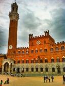 Siena Plaza, Tuscany