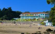 Hotel on Plage des Dames
