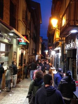 Calle Laurel at night