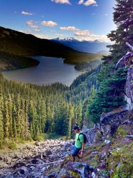 Hiking back down to Callagnan Lake
