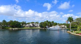 Homes lining New River in Ft. Lauderdale
