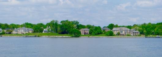 """Coastal """"mansions"""" along the Potomac river"""