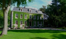 Chateau de Challanges
