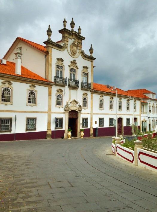 Lousa Palace